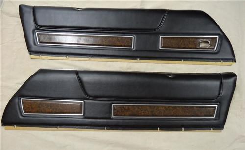 1972 1973 Deluxe Interior Woodgrain Door Panels Pair